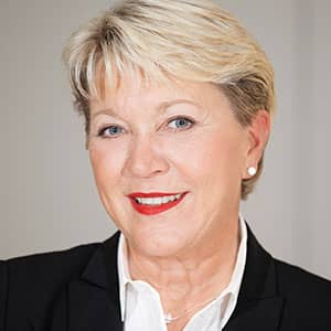 SUSANNE EICKERMANN-RIEPE, Head of Real Estate, PwC